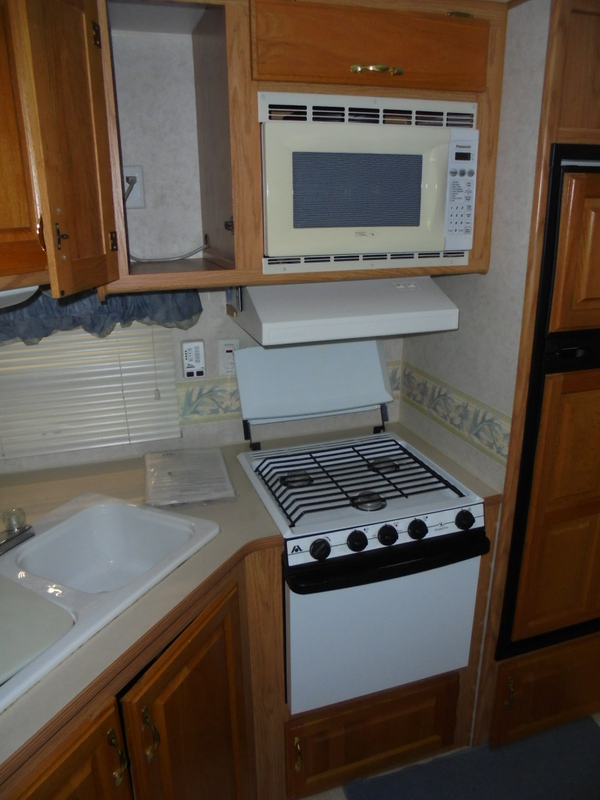 Pre Owned Camping Trailers within driving distance of Lenoir, NC.