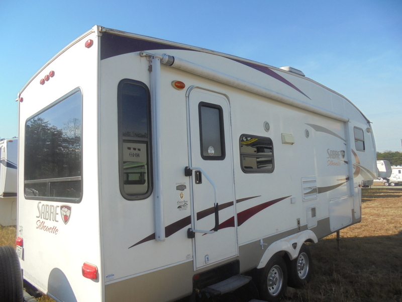 Camper Dealer of Fifth Wheel Campers within driving distance of Yadkinville, NC.