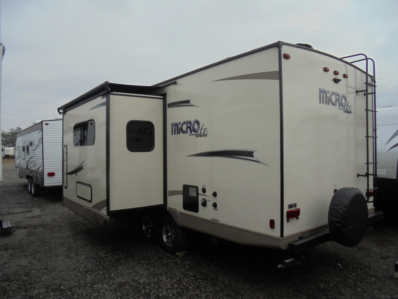 Pre Owned Travel Trailer near Taylorsville, NC.