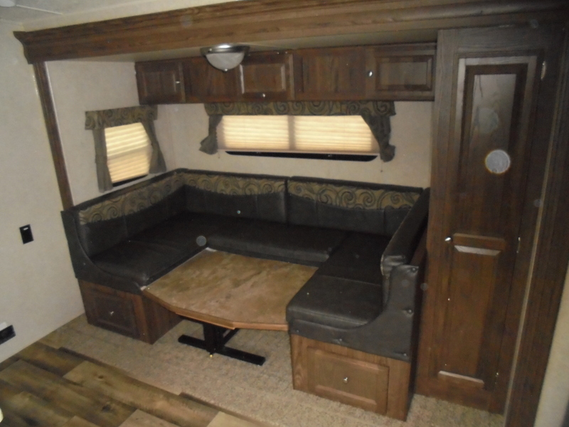 Pre Owned Camping Trailers within driving distance of Sparta, NC.