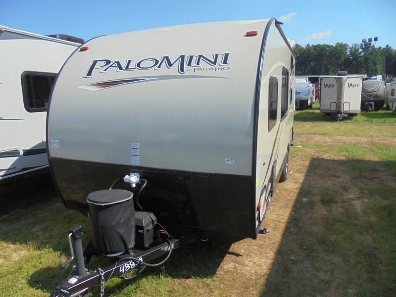 Camper Dealer of Travel Trailer in North Carolina.