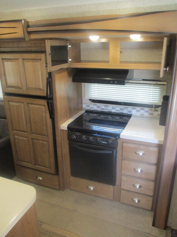 Pre Owned Travel Trailer within driving distance of Elkin, NC.
