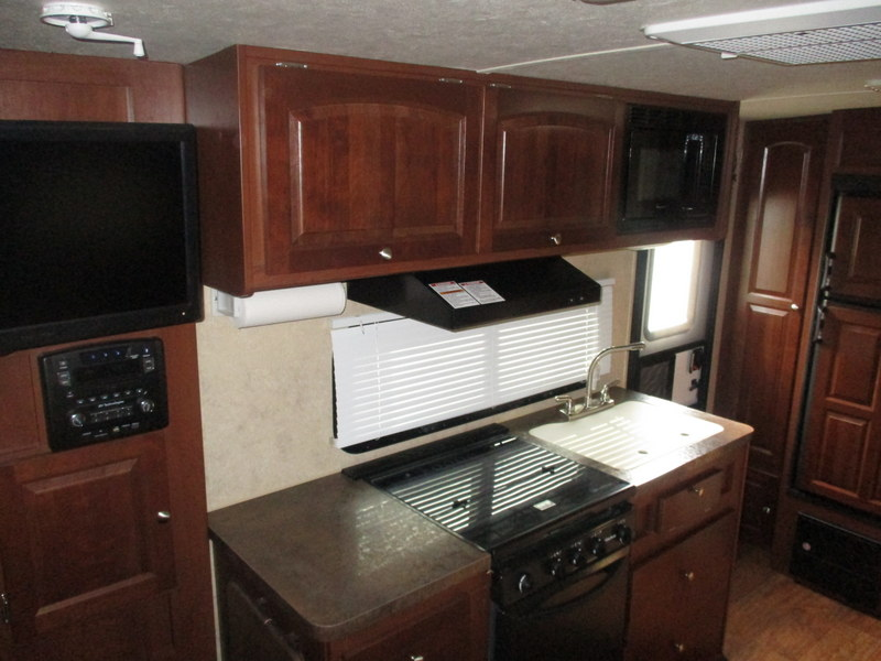 Pre Owned Travel Trailer within driving distance of Greensboro, NC.