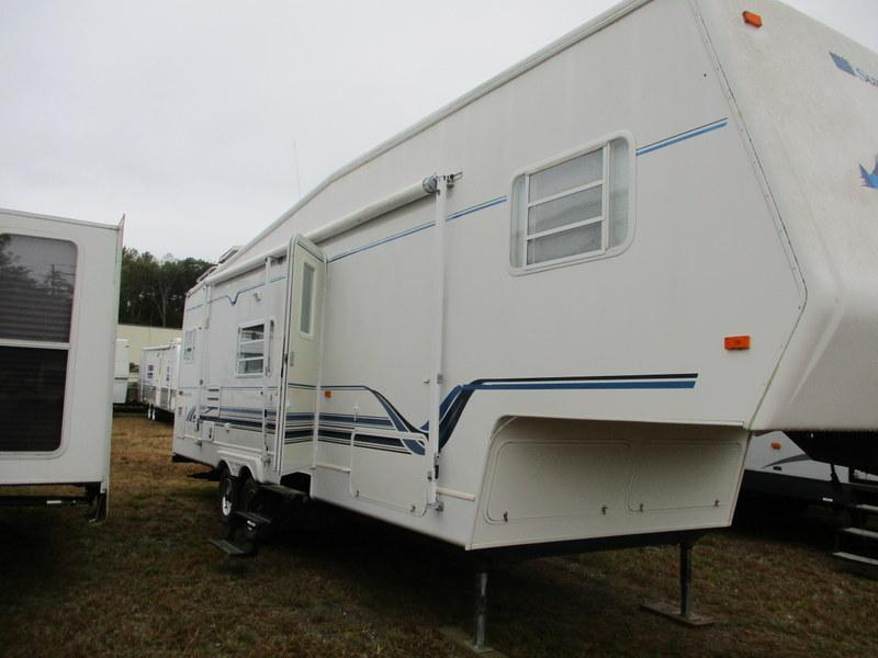 Camper Dealer of Fifth Wheel Campers in North Carolina.