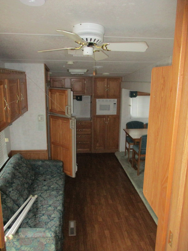 Camper Dealer of 5th Wheel Camper within driving distance of Appalachian State University.