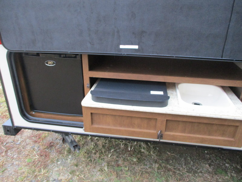 Camper Dealer of Travel Trailer within driving distance of Lenoir, NC.