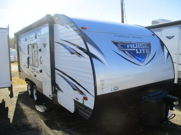 Pre Owned Travel Trailer near Statesville, NC.