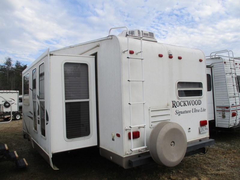 Camper Dealer of Fifth Wheel Campers in NC.