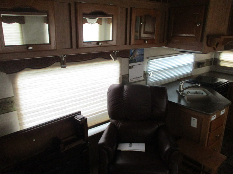 Camper Dealer of Fifth Wheel Campers within driving distance of Lenoir, NC.