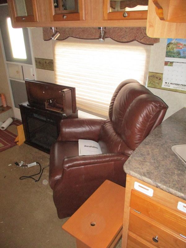 Camper Dealer of 5th Wheel Camper near Mooresville, NC.