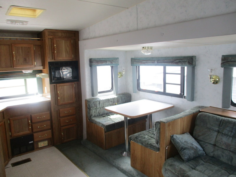 Camper Dealer of Fifth Wheel Campers within driving distance of Durham, NC.