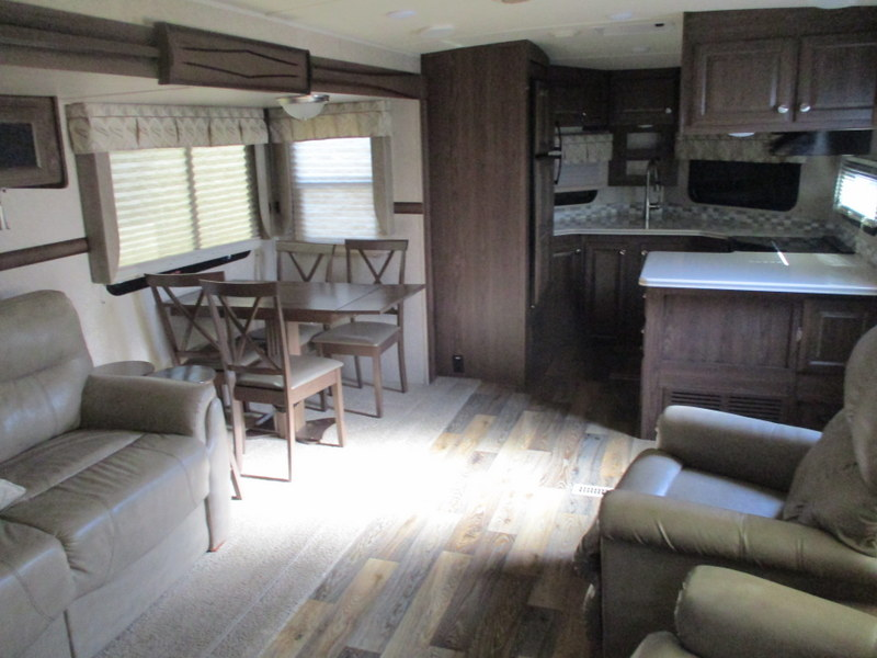 Pre Owned Camping Trailers within driving distance of Statesville, NC.