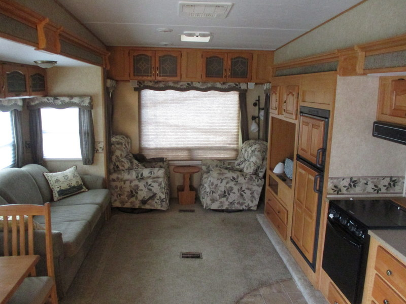 Camper Dealer of Fifth Wheel Campers within driving distance of Appalachian State University.
