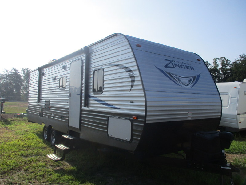 Pre Owned Travel Trailer in North Wilkesboro, North Carolina.