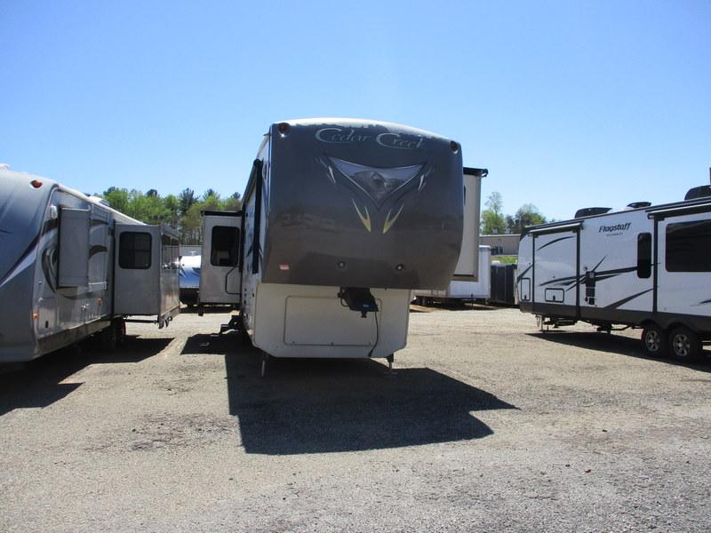 Camper Dealer of RVs in the North Carolina Mountains.