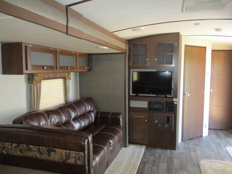 Camper Dealer of RV within driving distance of Yadkinville, NC.